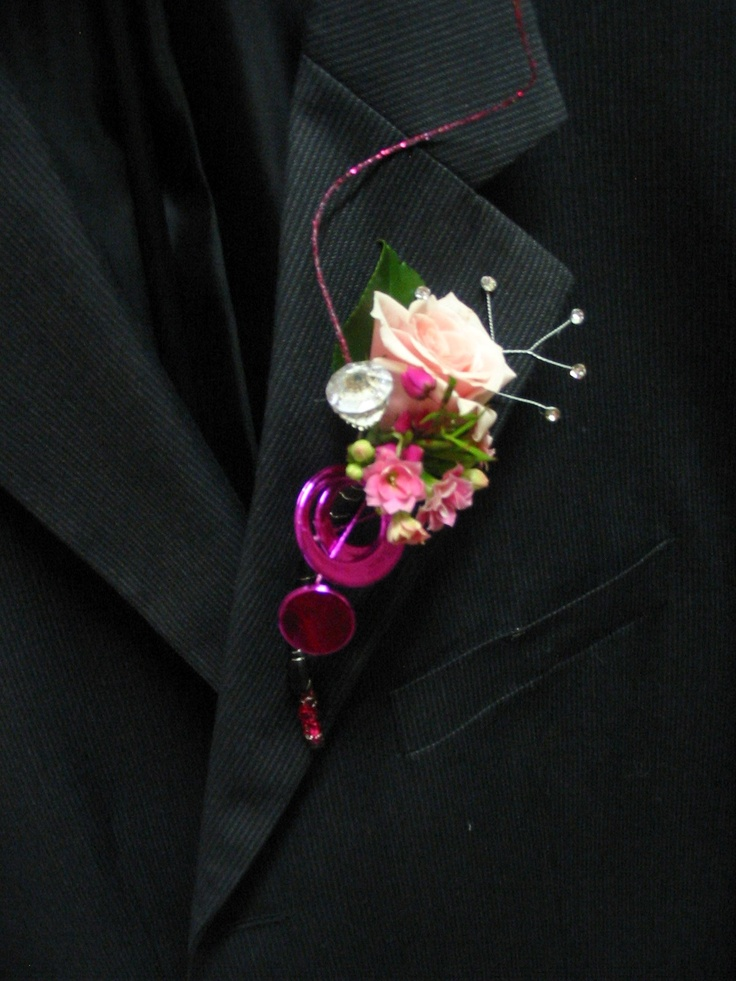 Prom Flowers - Boutonniere - Contemporary