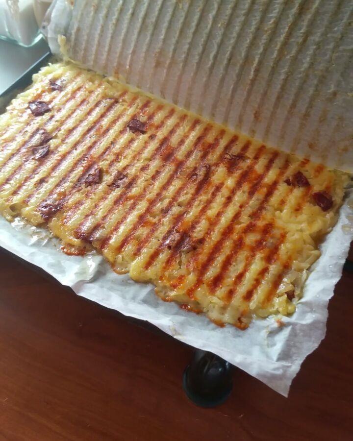 """7,899 Beğenme, 371 Yorum - Instagram'da Beyhan Kadayıfçı 🔵 (@beyhaninmutfagi): """"Günaydın. Mutlu hafta sonları 😍Tost makinesinde bu sefer ekmek olmadan tost yapmaya ne dersiniz 😉…"""""""