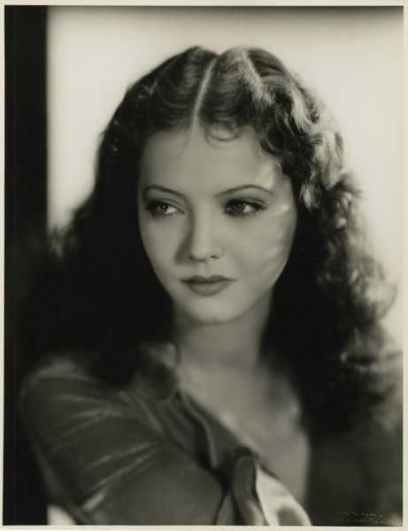 Is this Sylvia Sidney or Myrna Loy? I think it's Sylvia but a few people keep telling me its Myrna
