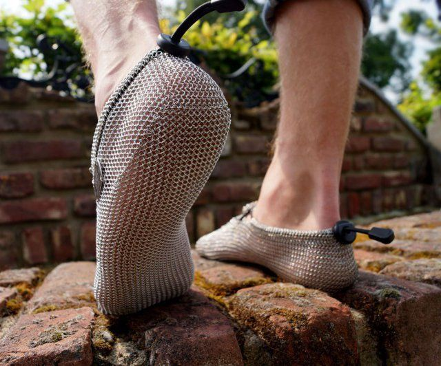 PaleoBarefoots PRONATIV is a real outback Barefoot for natural grown soles