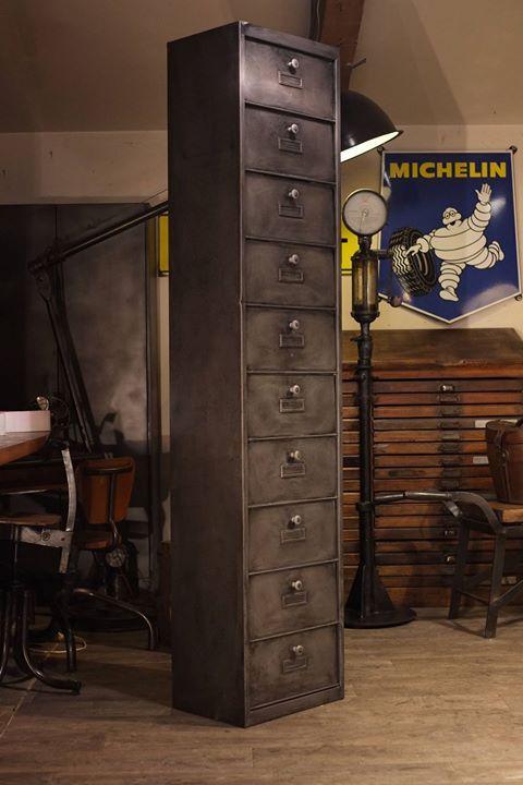 832 best images about meuble industriel vintage de renaud. Black Bedroom Furniture Sets. Home Design Ideas