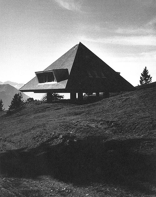Tent House (1954) on the Rigi in the Swiss Alps by Justus Dahinden