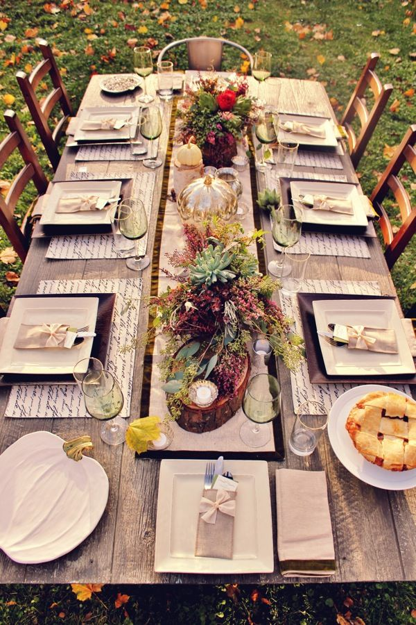 """DIY: In love with this Rustic """"Friends-giving"""". The rustic centerpieces, eco friendly table settings and message of gratitude is inspiring."""