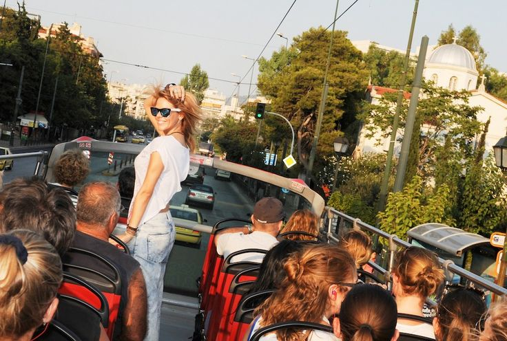 WHEN SIGHTSEEING MEETS FASHION   http://www.coolurstyle.com/en/when-sightseeing-meets-fashion