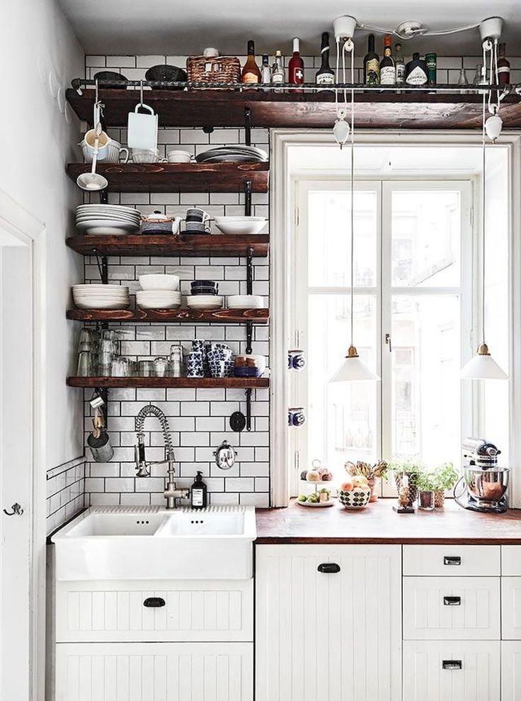 Adorable 110 Tiny House Kitchen Makeover Design Ideas https://besideroom.co/110-tiny-house-kitchen-makeover-design-ideas/