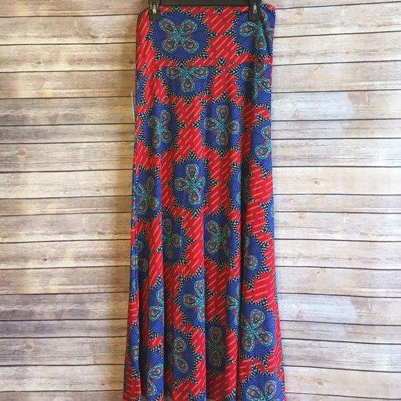 Lularoe Maxi skirt New with tag. Size medium✨ LuLaRoe Skirts Maxi