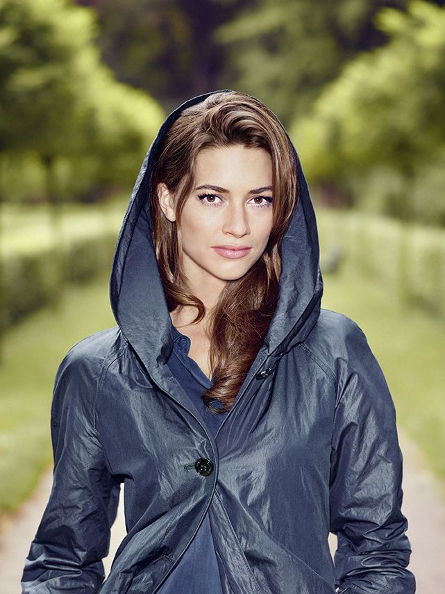 Brands4Friends: Die deutsche Marke Gil Bret entwirft zeitgemäße Kollektionen für die moderne Frau von heute. In diesem Sinne: Pack dich warm ein in trendy Jacken und Mäntel.