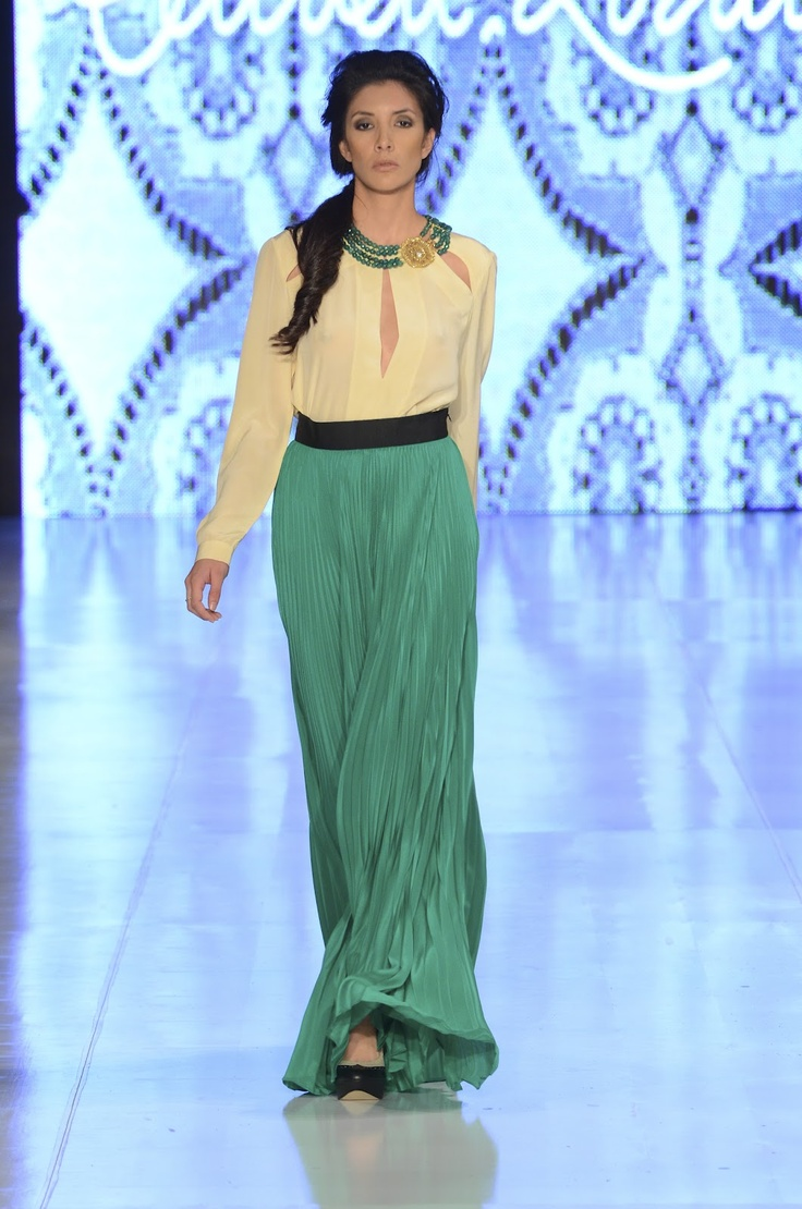 Renata Lozano / Bogotá Fashion Week 2012. (Fall - Winter 2012 - 13)