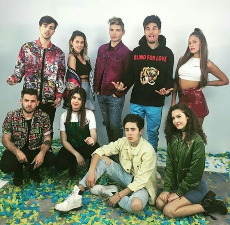Dosogas Team Pinterest:viane22