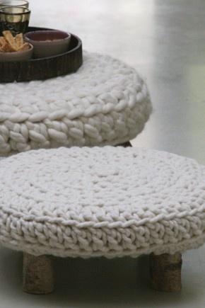 krukje: Knits Stools, Home Decor Ideas, Knits Tops, Stools Covers, Foot Stools, Crochet Stools, Gehaakt Krukj, Handgemaakt Bijzettafeltj, Crochet Knits
