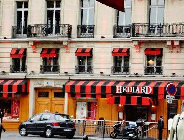 バンフのうわさ: FRANCE COLOR - BLACK AND RED