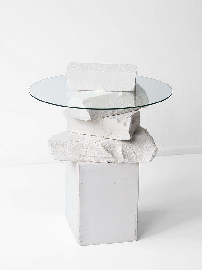 Love Aesthetics / Unbroken side table