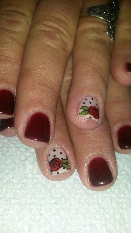 Red rose nail design