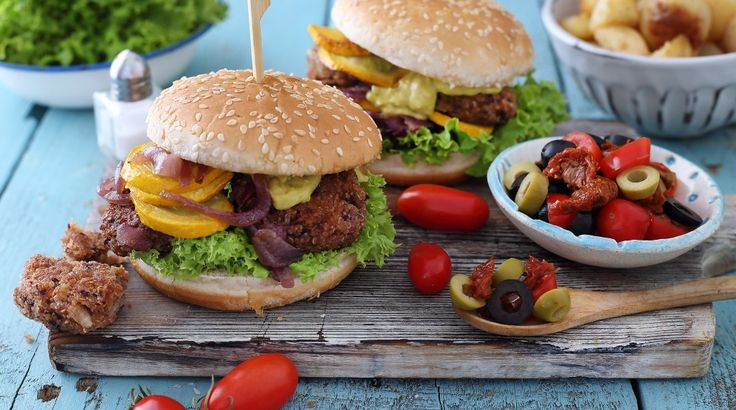 A kerti sütögetések húsmentes kedvence: quinoás-babos hamburger - Receptek   Ízes Élet - Gasztronómia a mindennapokra