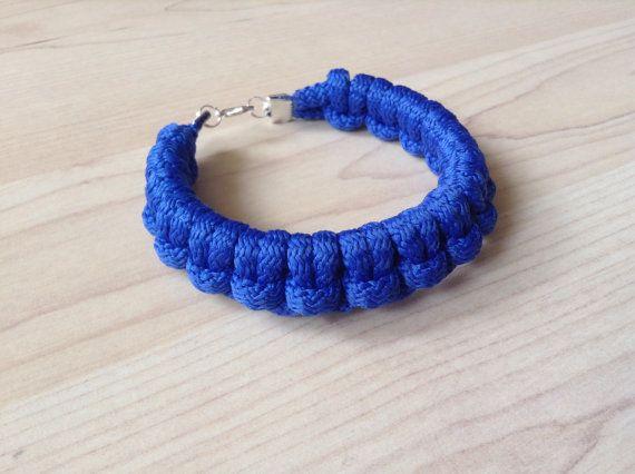 Cotton cord bracelet. knot bracelet. blue bracelet. by Kreseme