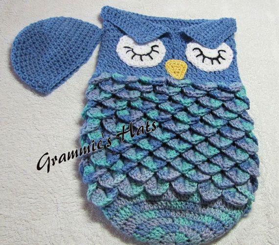 Bonnet et cocon de bébé hibou bleu