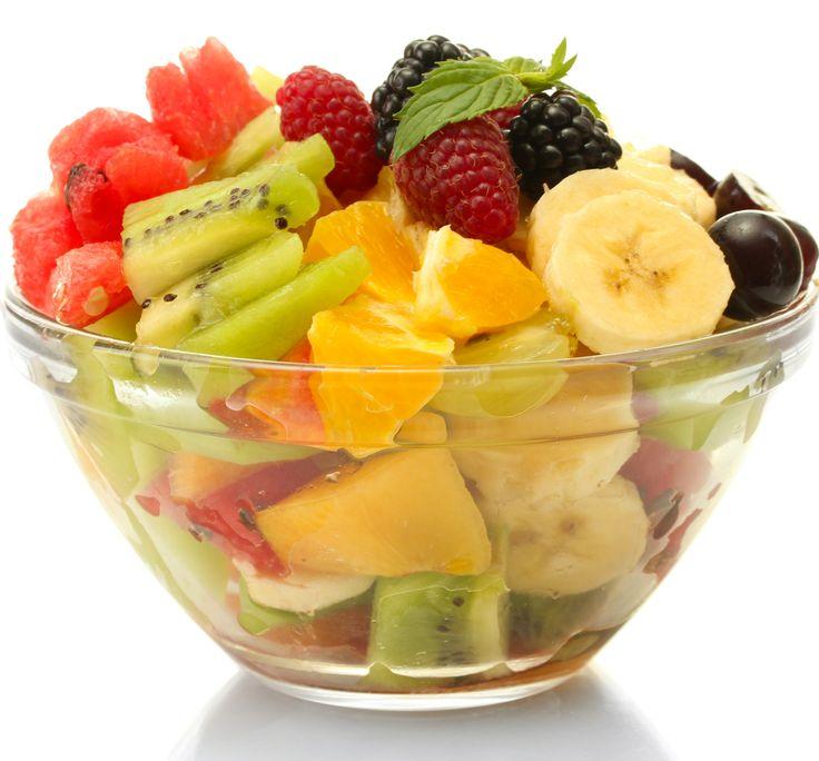 Kışın metabolizmanızın daha hızlı çalışması için leziz meyve salataları hazırlayabilirsiniz.