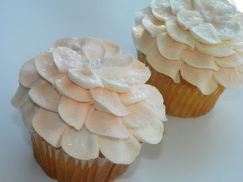 Cue Pachelbel's Canon, It's Time For... Royal Wedding Cupcakes