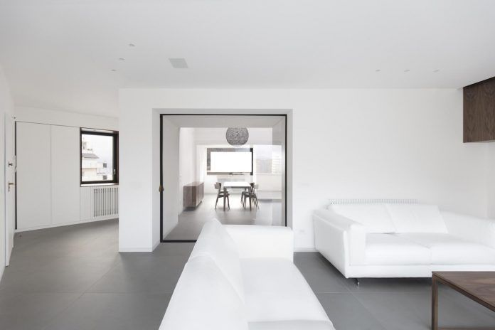 Studio DiDeA reconfigures a two levels penthouse to create a luminous and spacious space - Page 2 of 3 - CAANdesign | Architecture and home design blog
