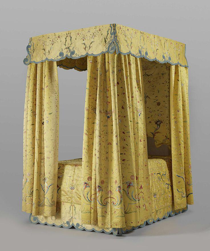 Geel zijden bedgarnituur, c. 1760 - c. 1770