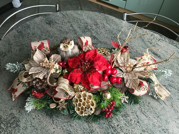 Christmas centerpiece. Owl Decor. Great addition to your christmas decor.