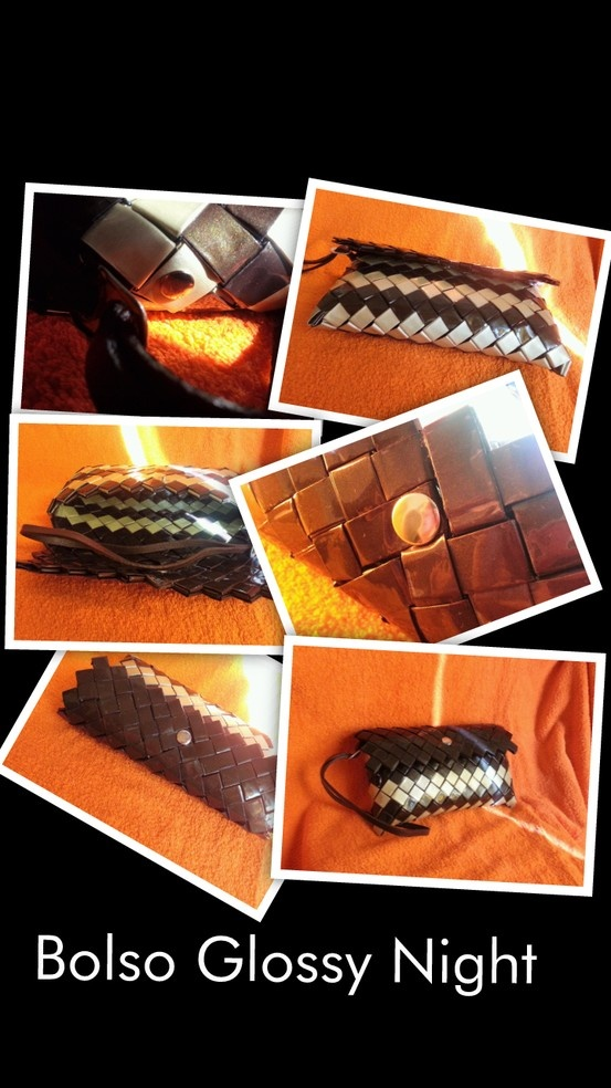 El bolso  Glossy Night es un bolso de mano pensando para una noche especial, en color marrón brillante y dorado, rematado con una correa marrón de cuero. Sus dimensiones son 20 x 9, 5 x 2 cms. (largo x alto x ancho)