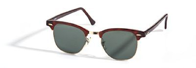 """RAY-BAN SOLBRILLE  Ray-Ban, USA. """"Clubmaster"""" Tortoise/Artista-farget plast. Merket """"Bauch &Lomb Ray-Ban U.S.A"""" 1970/80-tallet."""