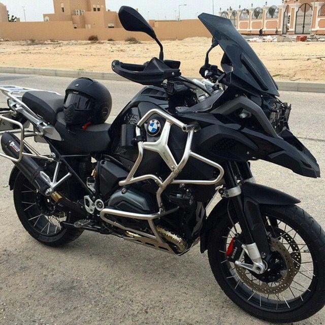Dark Knight-esque BMW motorcycle | BMW Motocycles | moto | black | details | motorcycle | Bimmer | BMW bike | Schomp BMW