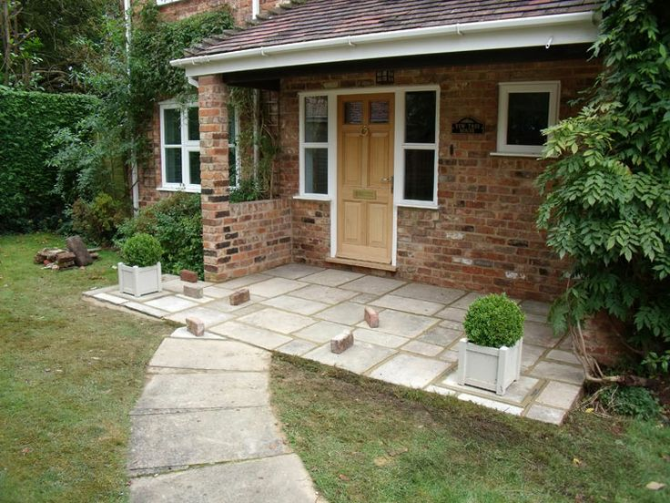 Beautiful Yorkstone Entrance Porch.