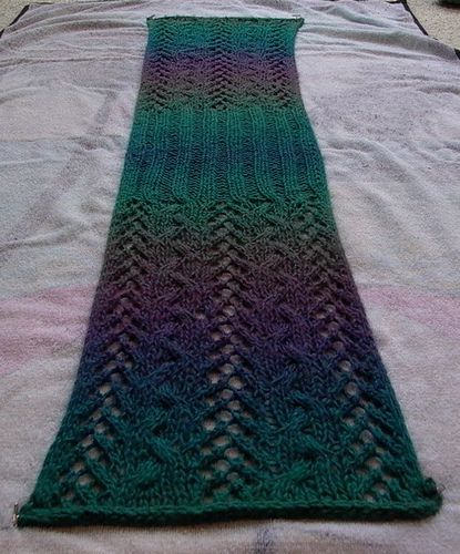 Scarf Knit, Pattern free, ravelry.