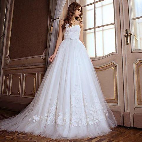 Платья DOMINISS - это креативные решения ,последние модные тенденции ,качество каждого кроя ул Сумская 59 (050)322 15 51  ул Сумская 24 (066)687 77 75