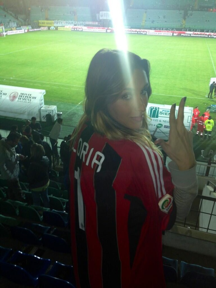 At Least Allegri has a hot girlfriend to go back home to..