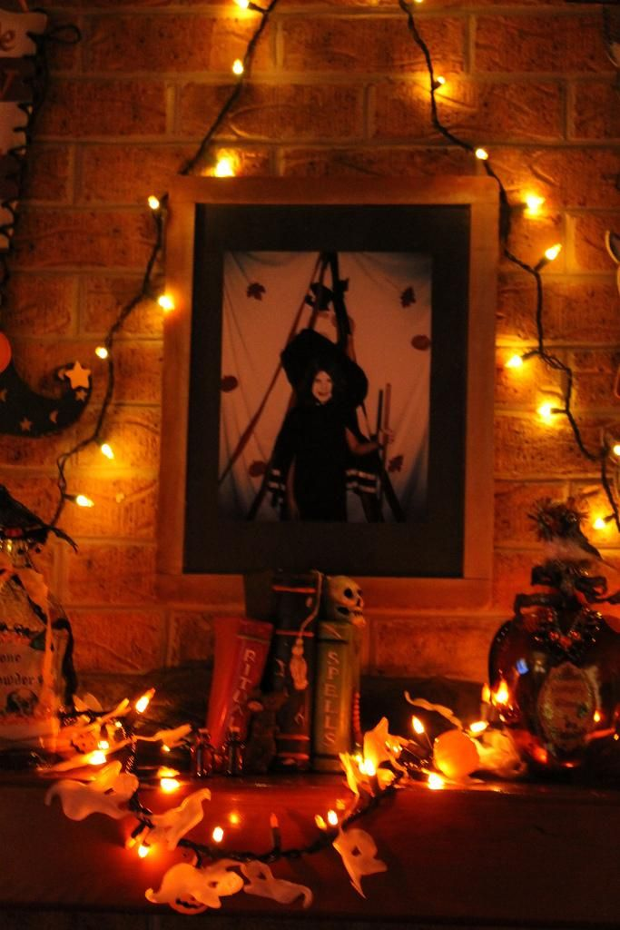 mantel decorations ideas inspirations our halloween mantel - Halloween Mantel Ideas