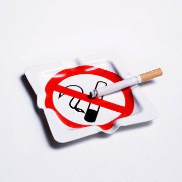 #cenicero con la señal de #prohibido #fumar  Lo puedes encontrar aquí…