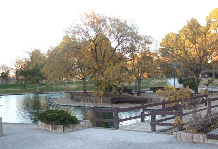 Duck Pond, The University of New Mexico, Albuquerque, New Mexico - got my first MA from UNM in 1996