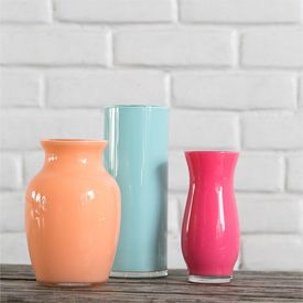 These enamel painted vases are super easy to make and absolutely beautiful. A chic way to make stunning vases on a budget!