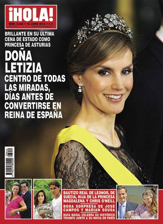 En ¡HOLA!: Doña Letizia, centro de todas las miradas días antes de convertirse en Reina de España.   ~lbk~