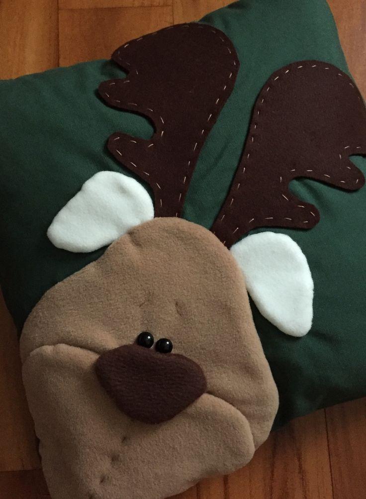 Cuscino feltro e pile con renna 🎄 (cart. Country Creations di Federica)