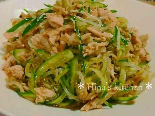 ささみときゅうりともやしの中華サラダの画像