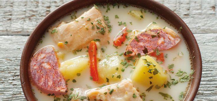 Cazuela de salmón con chorizo