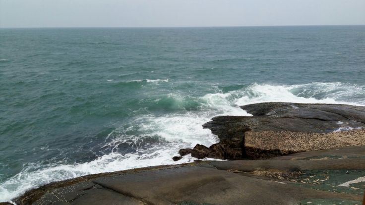 Kanyakumari, Tamil Nadu. Vivekananda Rock Memorial... #Waves