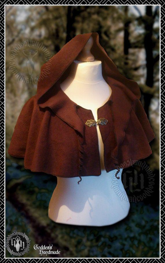 Zarcillo de capa con capucha de pixie y por Creativesewandsew