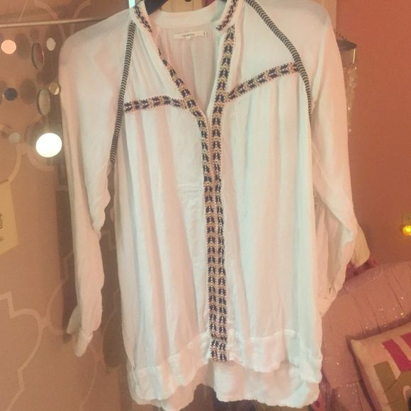 Dash (Kardashian Store) Long Top Purchased in DASH Miami, Great condition, perfect for leggings. Since it is Flowy it can fit up to a medium! DASH Tops