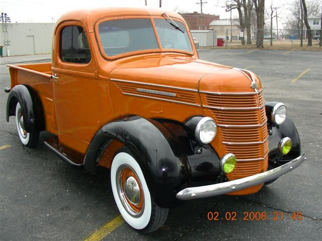 So Weve Been Searching For An Appropriate Truck To Work On Into Making It Electrical Zombie Apocalypse Vehicle And Here Is A 1940 International That