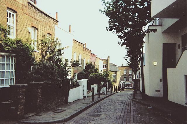 Around Hampstead in London / photo by rtotheobin