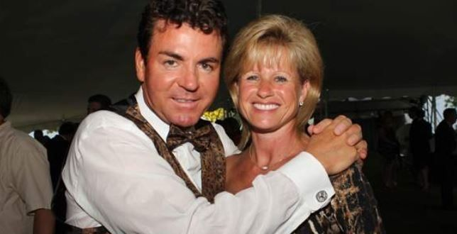 John Schnatter Wife Annette Schnatter Bio Wiki Age Children Net Worth John Schnatter Celebrity Biographies Papa Johns