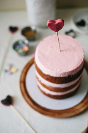 italian almond cake for valentines.