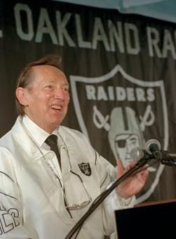oakland raiders move back to los angeles