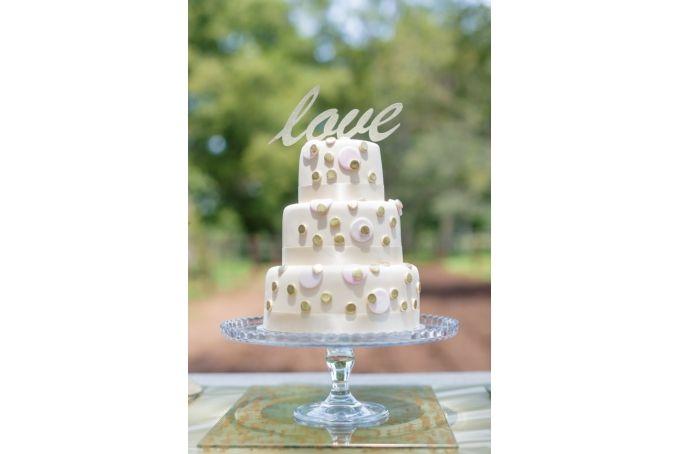 Gold glitter LOVE cake topper by Lovilee