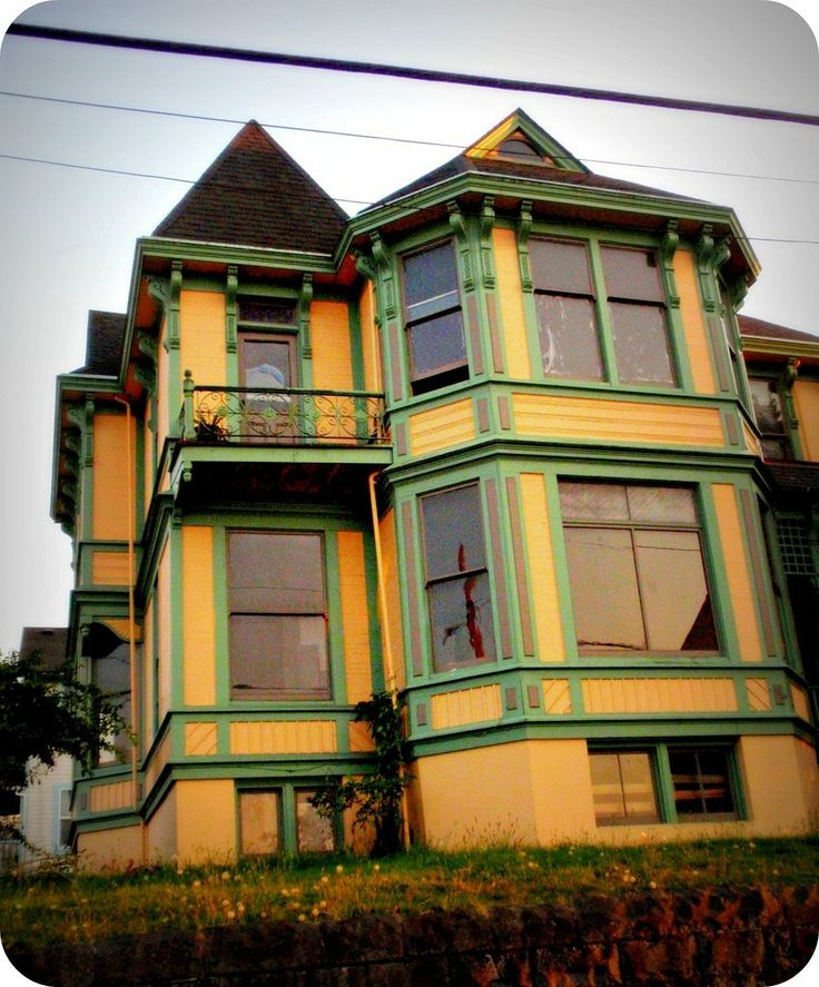 Old Victorian Houses Green Queen House Colors